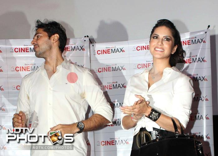 images of Sunny Leone Meets Her Fans