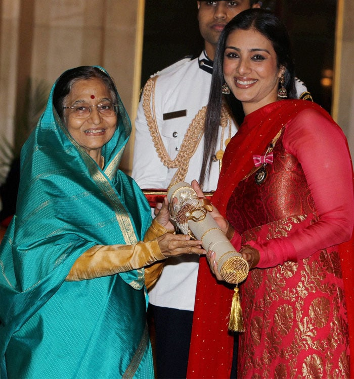 Pratibha Patil Presents Padma Shri To Tabu