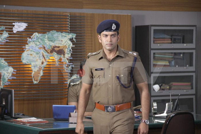 Stills : Prithviraj in The Thriller