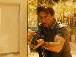 Photo : Sean Penn in Action in The Gunman