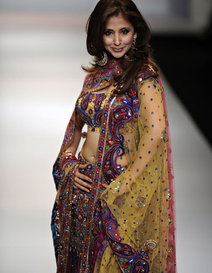 urmila matondkar husband photo