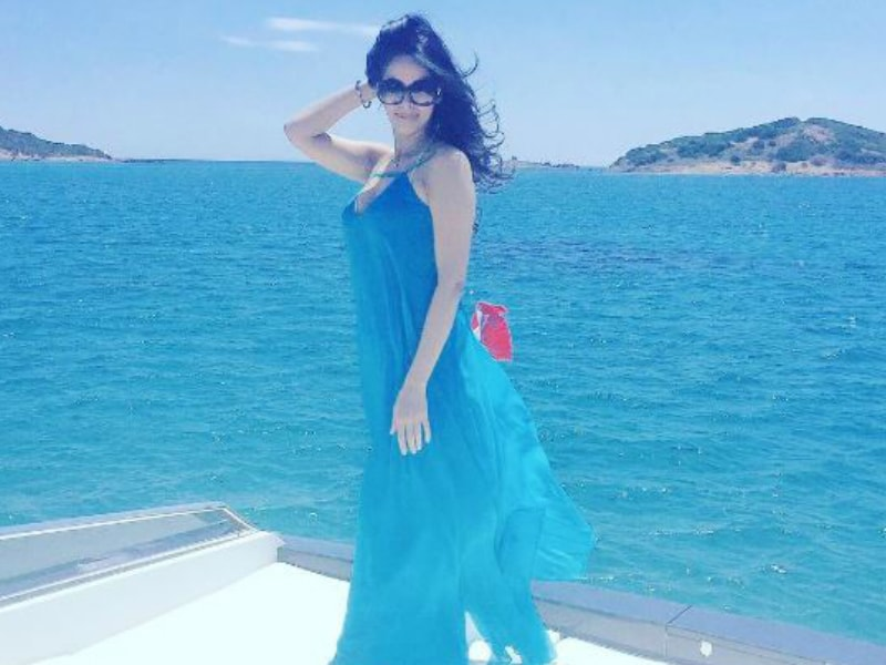 These Vacation Pics of Celebs Will Make You Book Tickets Right Away