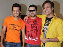Photo : 3 Mastiteers: Vivek, Riteish, Aftab
