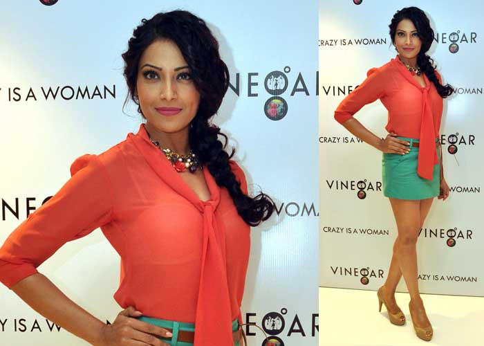 Bipasha launches fashion store Vinegar
