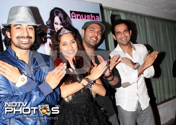 Yuvraj Singh parties with