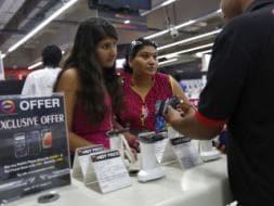 Photo : Diwali gifting guide: Mobile phones