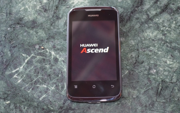 Huawei Ascend G300 and Y200 hands on