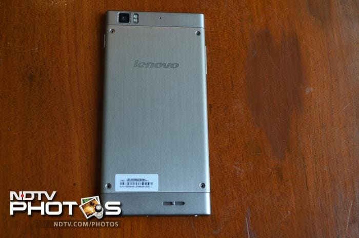 Lenovo K900: In Pictures