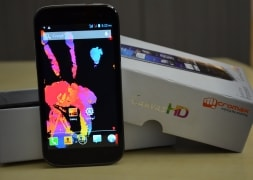 Photo : Micromax A116 Canvas HD in pictures