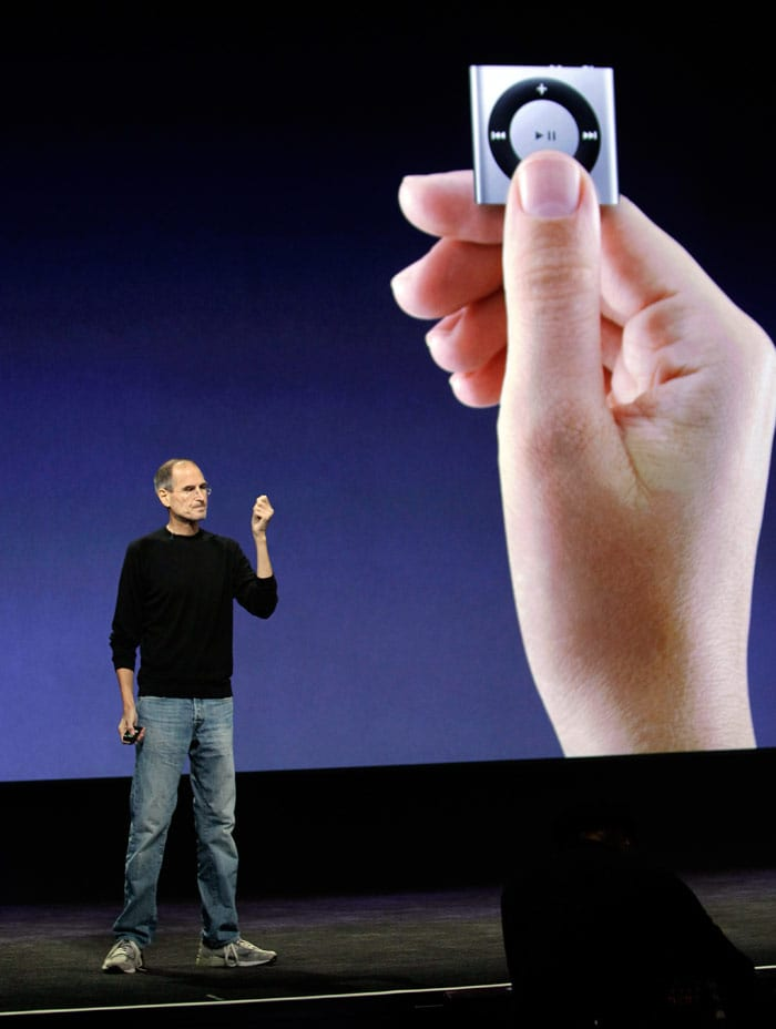 Apple CEO Jobs announces new iPod lineup