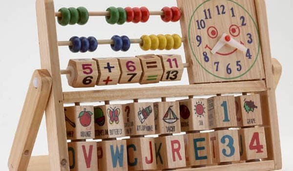 Tips for selecting toys for young children