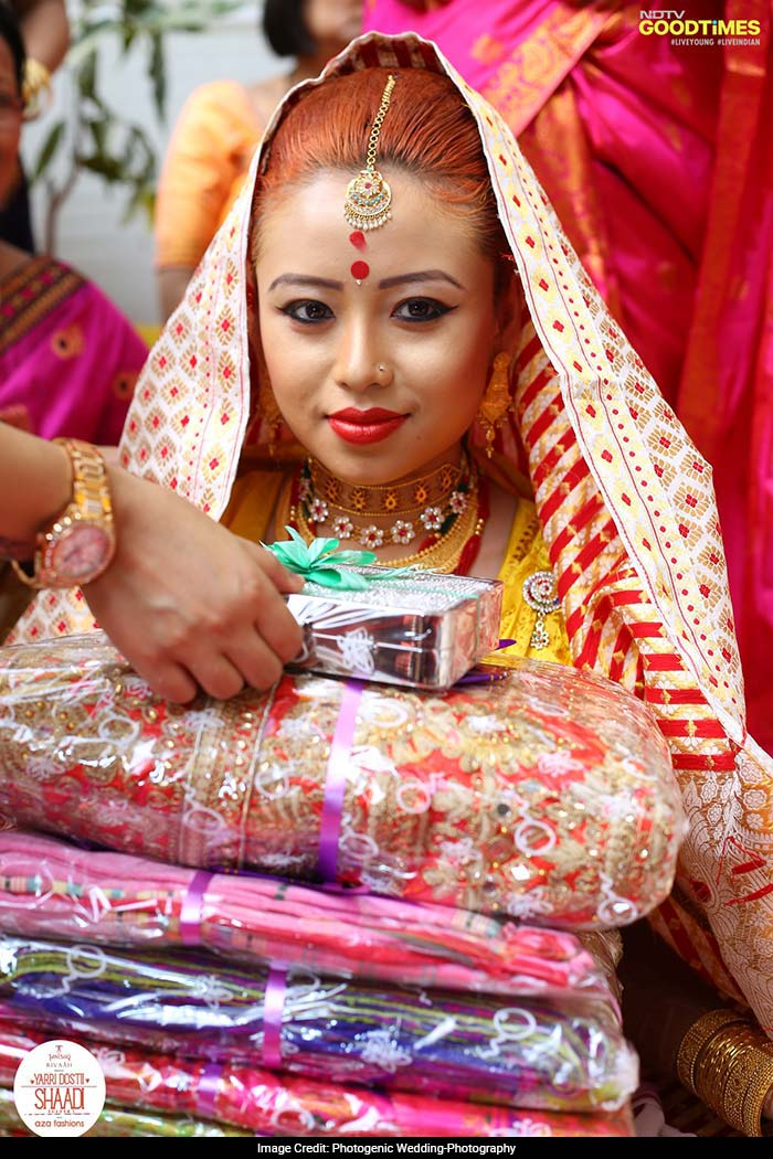 In Juroon, an Assamese ceremony which is akin to the bridal shower, the groom's mother applies sindoor on the bride's forehead and gifts her fish, a makeup articles and the traditional saree known as Mekhala that she has to wear on her wedding day.