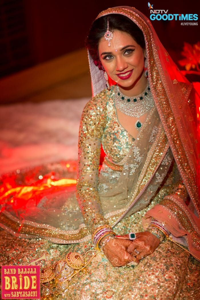 features of pakistani wedding essay Family traditions essay as a rule, family traditions are important in the life of each family and each family member the maintenance of family traditions and conveying family history from one member to another is exactly what makes the family the solid unit, whose members feel close relations and unity.