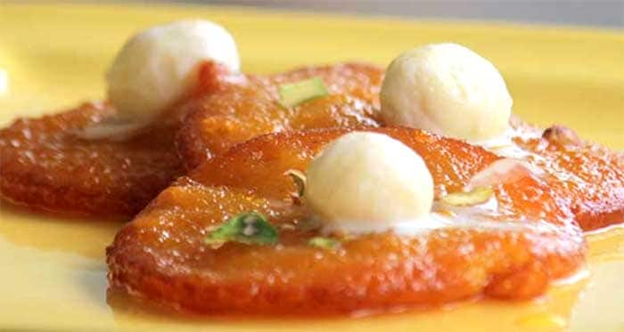 Rasgulla Malpua: Every party has a set of guests who can't do without sweets. And what better a blend of the two favourites, rasgulla and malpua