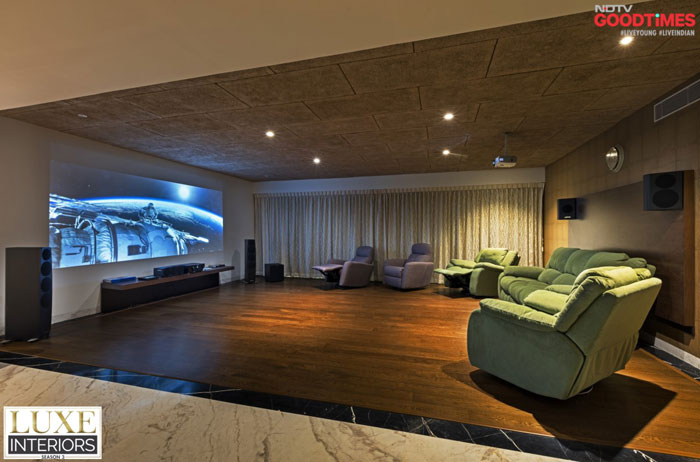 A lavish way to relax as a family is to make use of extra spaces and build a home theatre. After all, its bad manners to keep good movies and a tub of popcorn waiting.