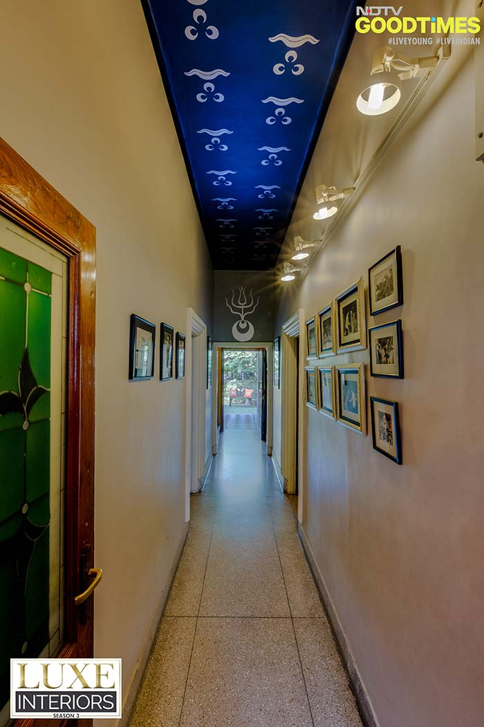 Corridors are a journey in themselves. Use vintage photographs and wall art to make them interesting.