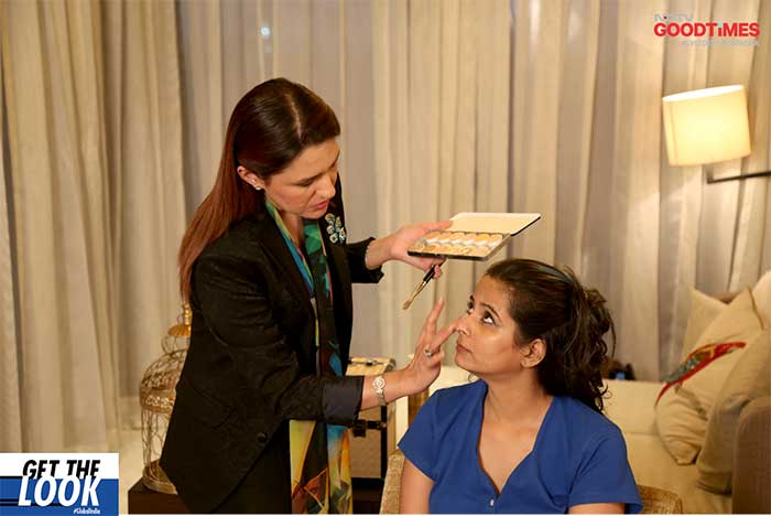 Srishti getting her makeup done by celebrity makeup artist Aashmeen Munjal