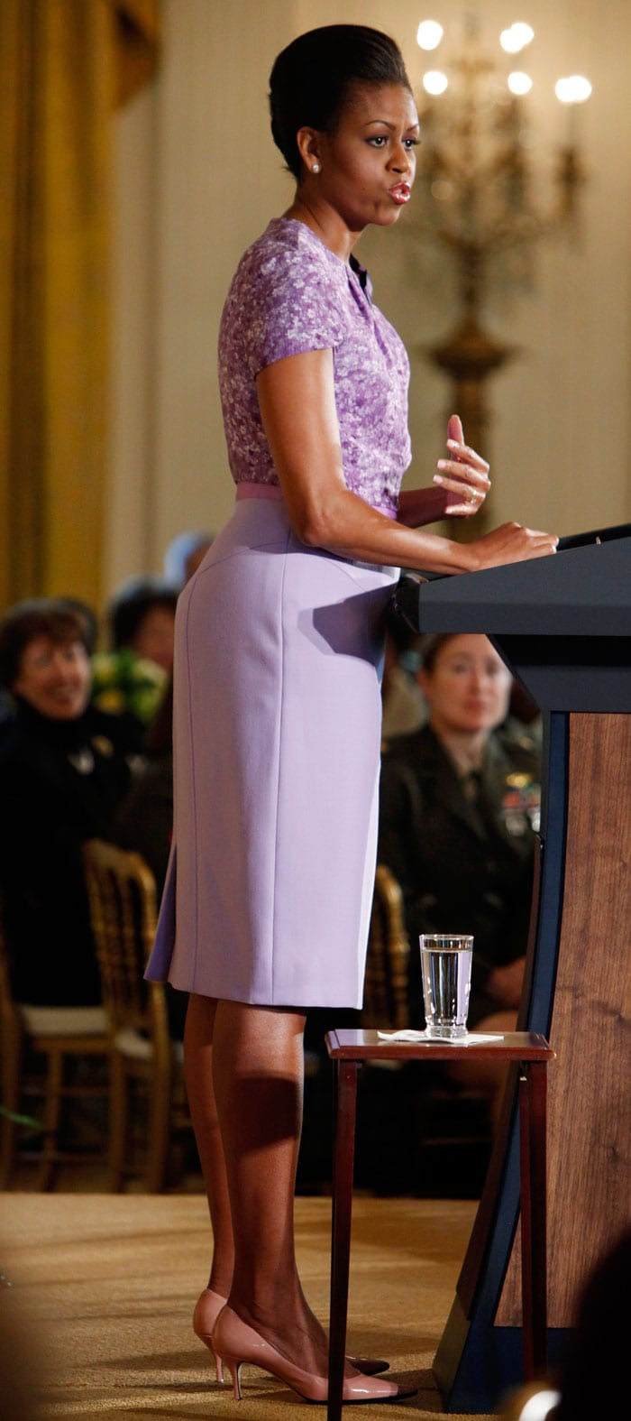 Michelle Obama s Best Looks Ever m 17