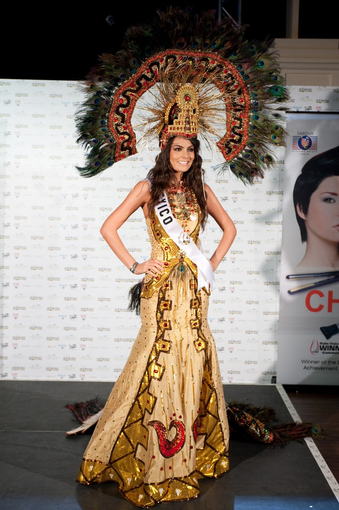 Your Take   Is this a wrong choice of national costume by Miss India Miss Universe 2010 National Costume