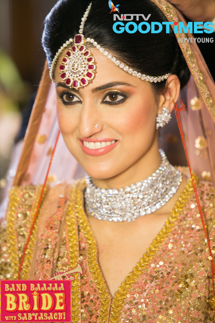 bands glowing a punjabi harveen turns pin band baaja bride into