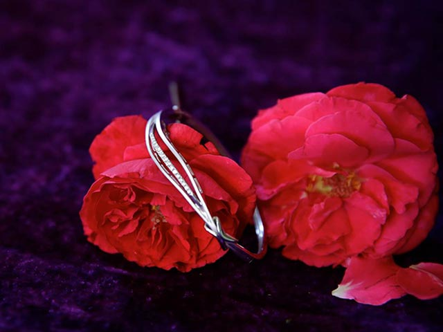 This Valentines Day, Say' I Do' With Jewellery