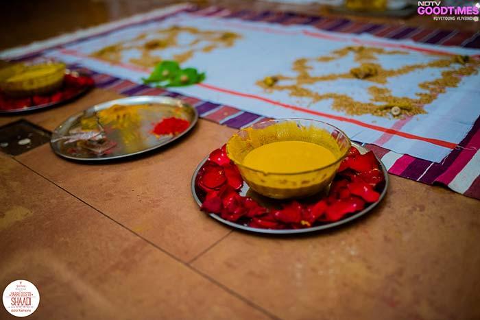 Abhijeet and Supriya's Haldi ceremony was a traditional Marathi affair.