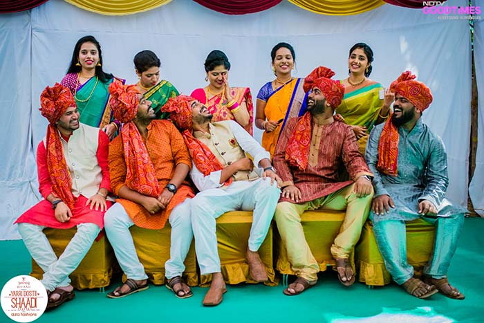 The 'hum saath saath hai' gang having a blast at Abhijeet and Supriya's wedding.