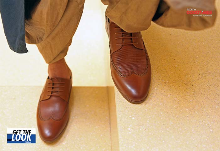 Yuvraj flaunts his new Rosso Brunello shoes