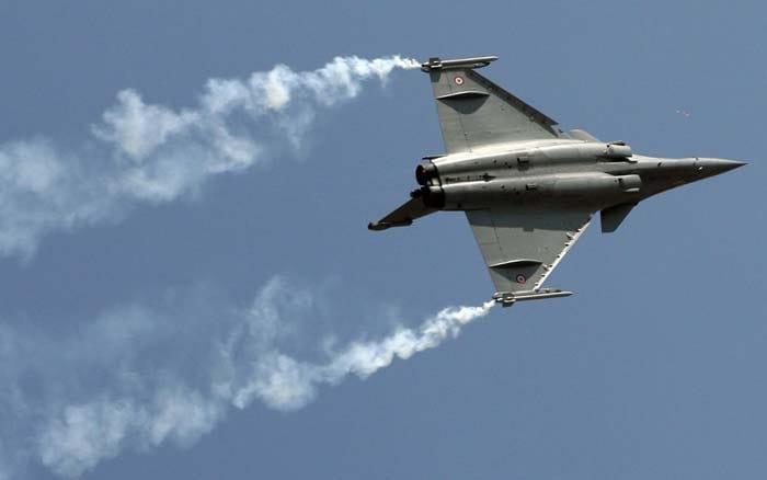 Aero India opens in Bangalore