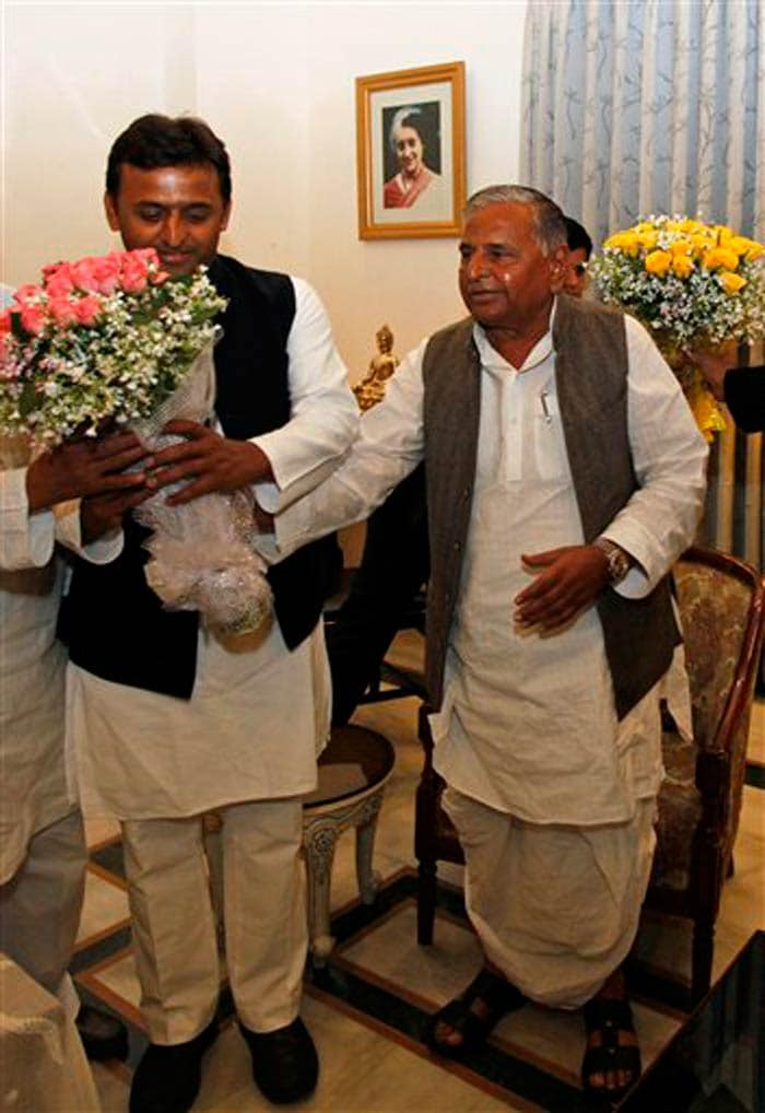 Akhilesh Yadav scripts history by becoming UP\'s youngest Chief Minister