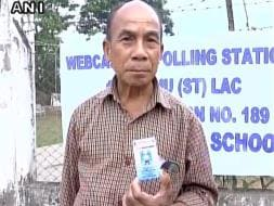 Photo : Pics: Polling Begins In West Bengal, Assam In First Phase Of Assembly Elections