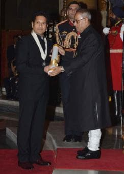 Photo : Sachin Tendulkar, CNR Rao receive Bharat Ratna
