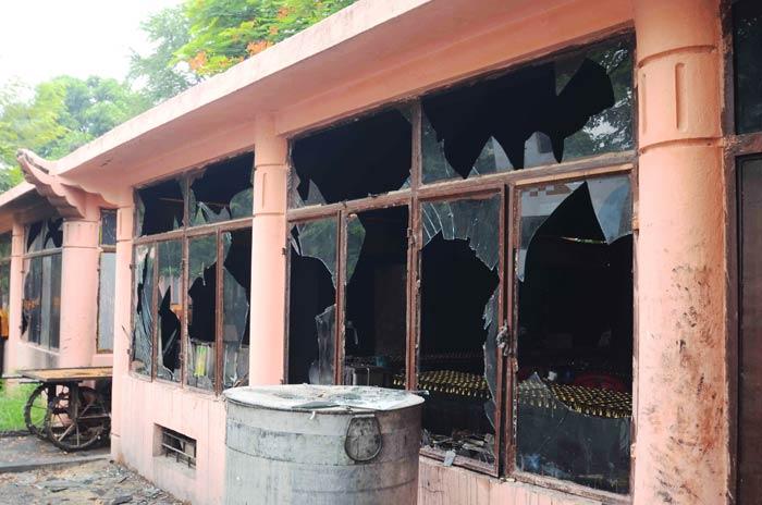 Serial blasts in Mahabodi temple in Bodhgaya, Bihar
