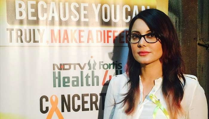 Salman Khan, Kajol Join the Fight Against Cancer