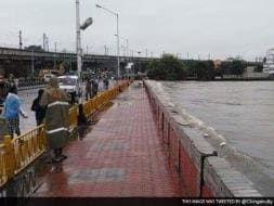 Photo : 5 Pics: Chennai Submerged After Heavy Rains