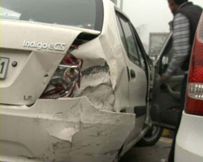 Delhi fog creates 20-car pile-up on major freeway