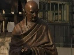 Photo : Mahatma Gandhi's Statue Unveiled at London's Parliament Square
