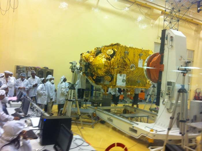 Here are the first images of India's small satellite Mangalyaan or 'Mars craft'. 