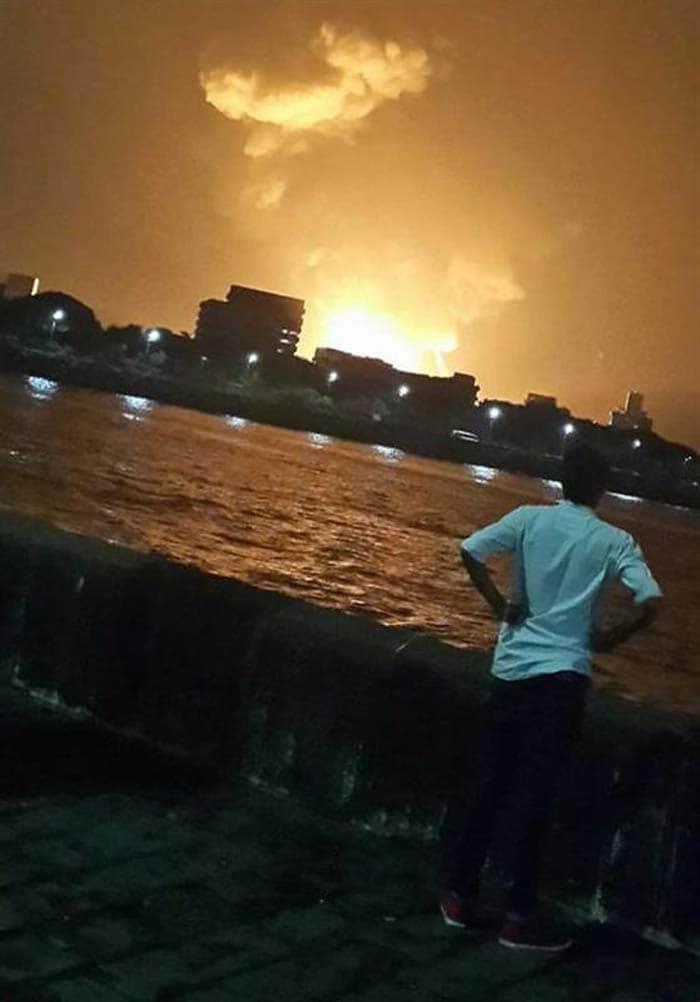 взрыв подводной лодки в Мумбаи