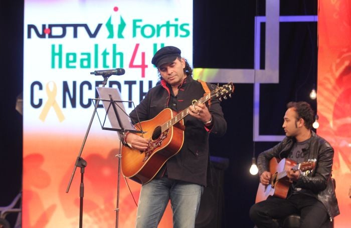 Kailash Kher, Mohit Chauhan Perform at the Health4U Cancerthon