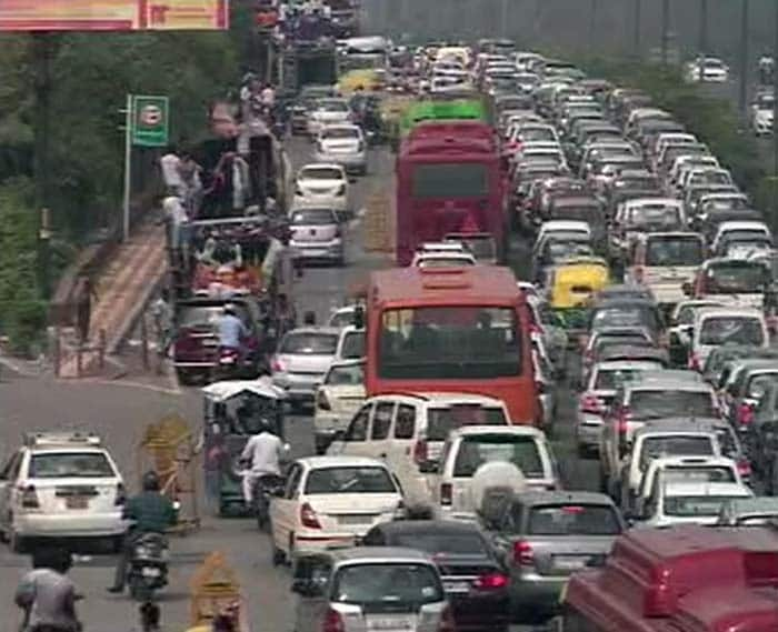 traffic jam 2 essay Traffic jam solutions essay question brainstorming techniques for writing essays blind date essay tips for her, harry potter essays fanfiction rated m dissertation on public administration subjects philippines example or illustration essay about friendship.