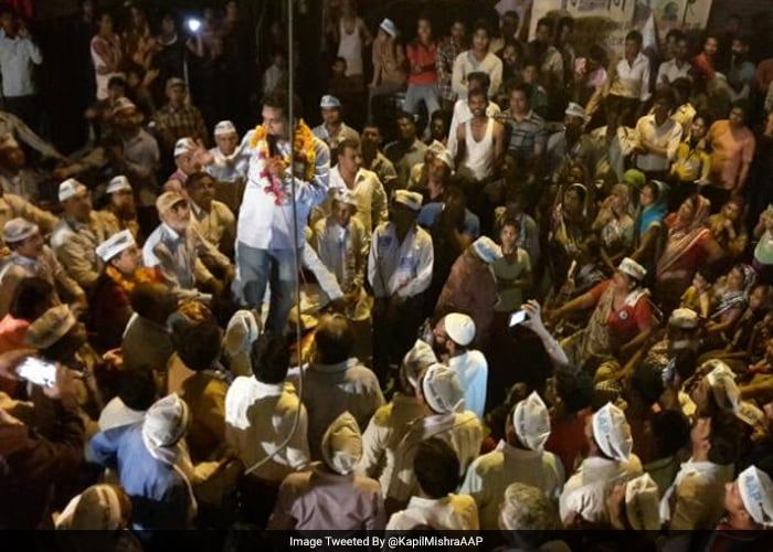 AAP leader and Delhi minister Kapil Mishra addressing a public gathering in Delhi's Sonia Vihar area on Monday.
