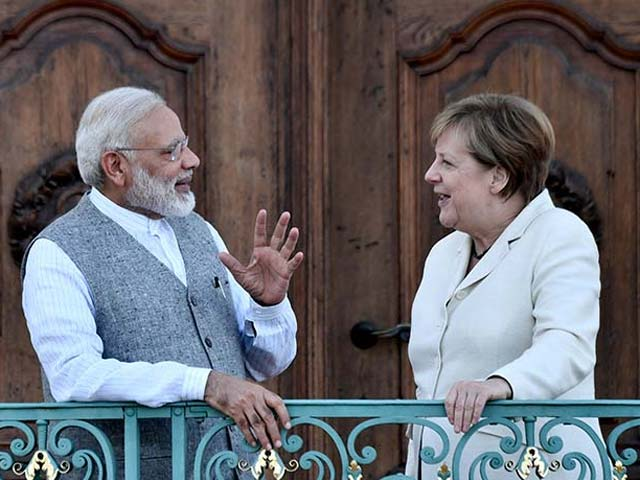 Pics: PM Modi Meets German Chancellor Angela Merkel, Gets Ceremonial Welcome