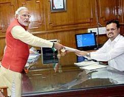 Photo : Narendra Modi files nomination from Vadodara