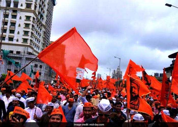 Meanwhile, the Maratha brigade which trooped into Mumbai from the five entry points, besides the railways, resulted in huge traffic jams in Mumbai and adjacent districts of Thane, Raigad and Palghar. (Mid-Day)