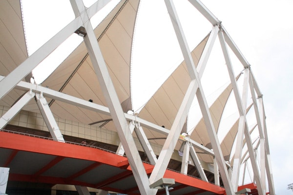 the three independent structures of the main stadium building are the