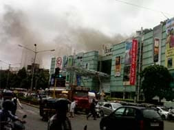 Photo : Fire at Oberoi Mall in Mumbai