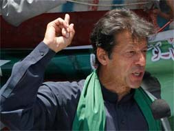 Photo : On Pakistan's election trail