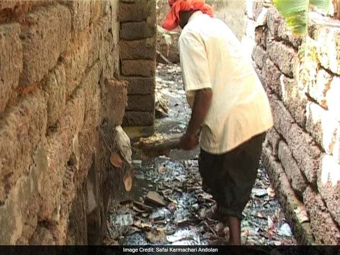 Manual scavengers are forced to work in the most unhygienic of conditions. Repeated exposure to toxic wastes drain their lifeline and many die early deaths due to tuberculosis or other bronchial diseases.