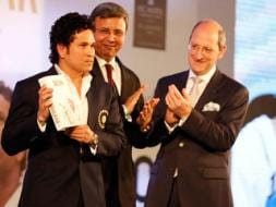 Photo : Sachin Tendulkar Launches Autobiography, Playing it my Way